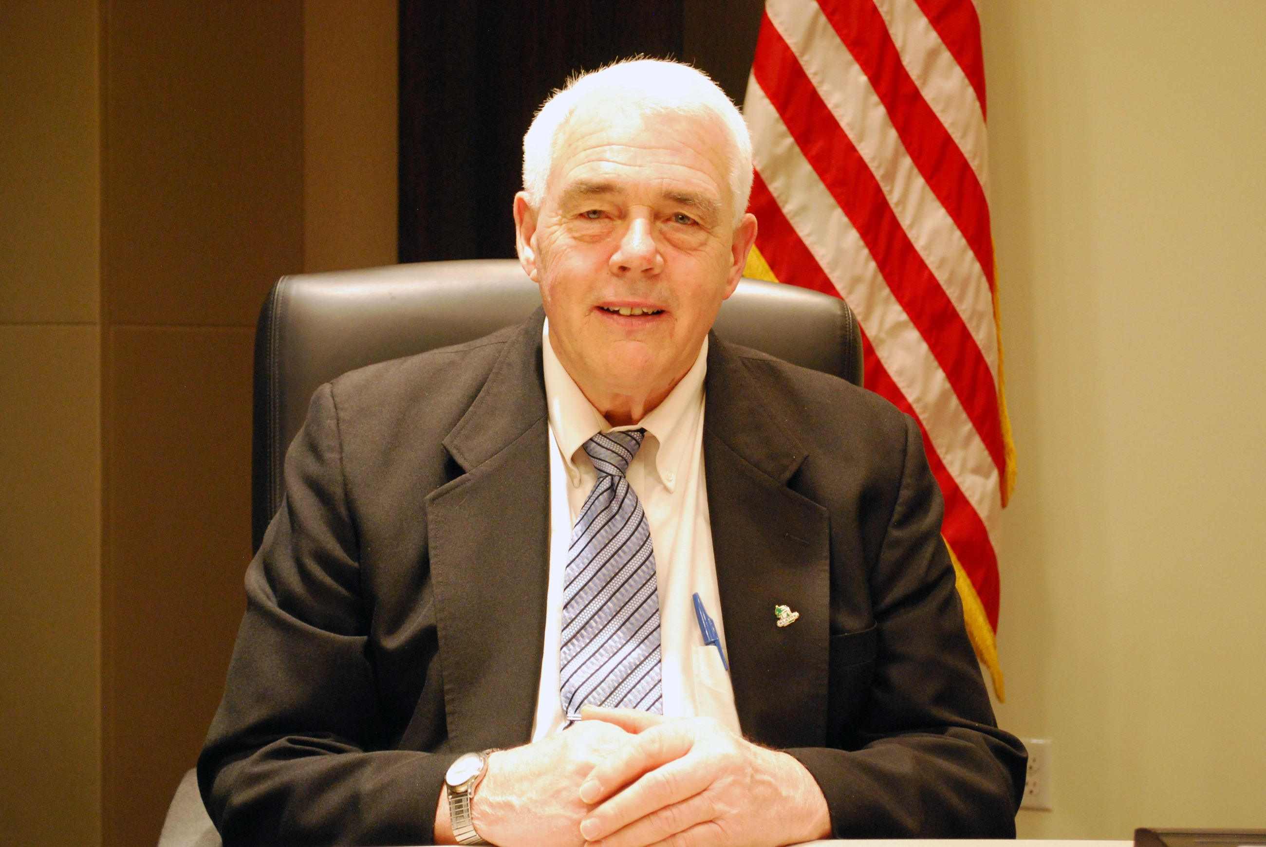 Mayor Tom Ryan headshot